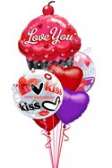 Valentine's Day Sweet Cupcake Kisses Balloon Bouquet(6 Balloons) delivered in Glendale